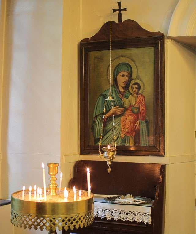внутреннее убранство армянской церкви, достопримечательности Салоники