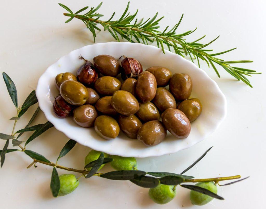 зеленые оливки халкидики