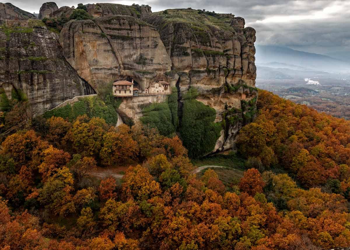 монастырь Ипапанти в Метеорах Греции