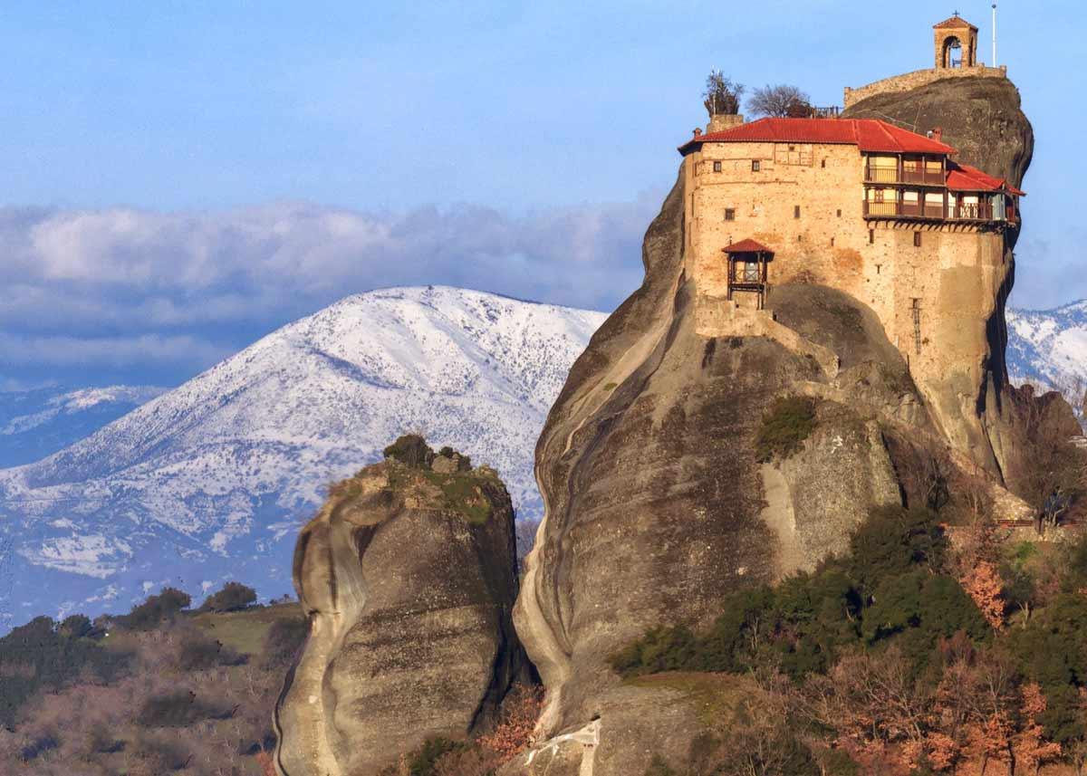 монастырь николая анапавсаса. метеоры греция. фото
