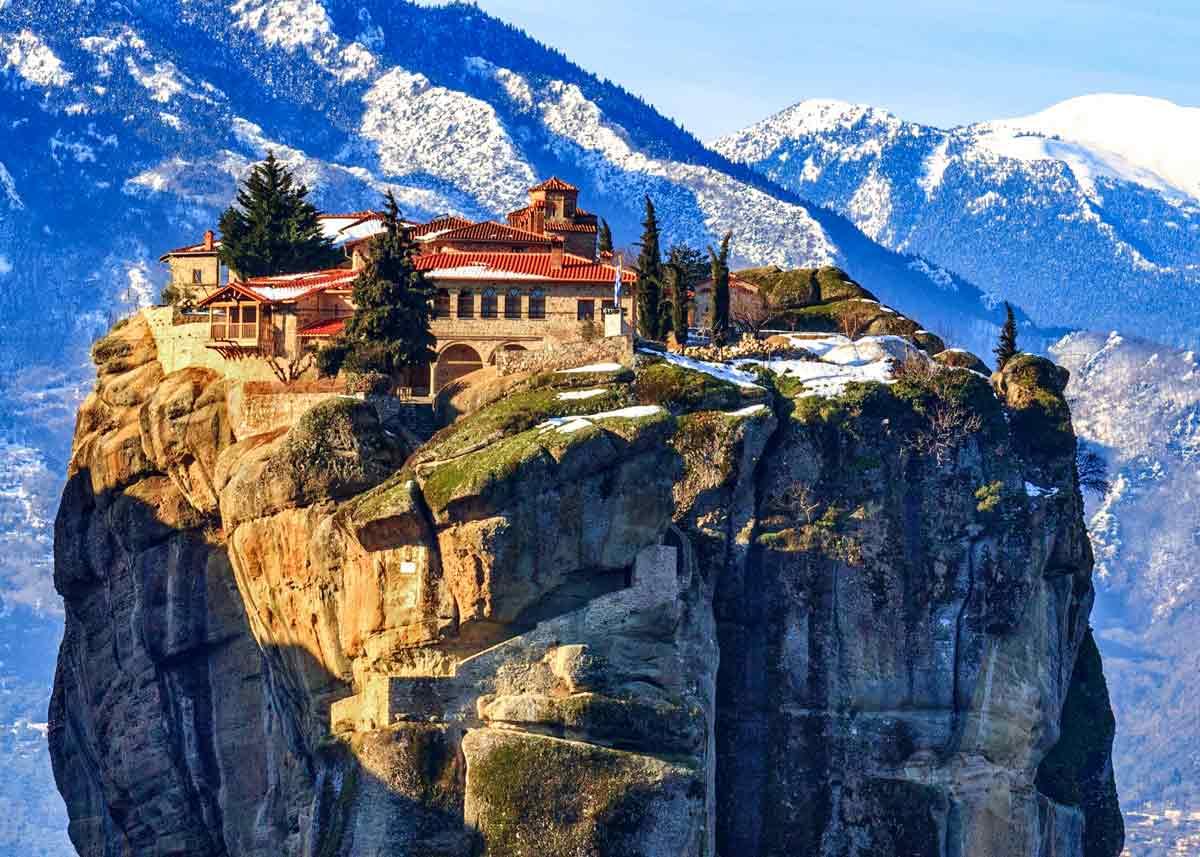 Меторы, Греция. Монастырь Троицы