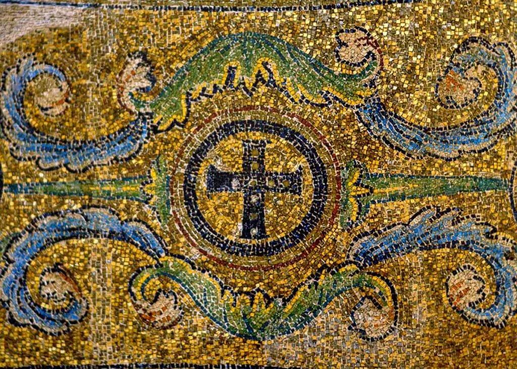 мозаика базилики Панагии Ахиропиитос: достопримечательности Салоники