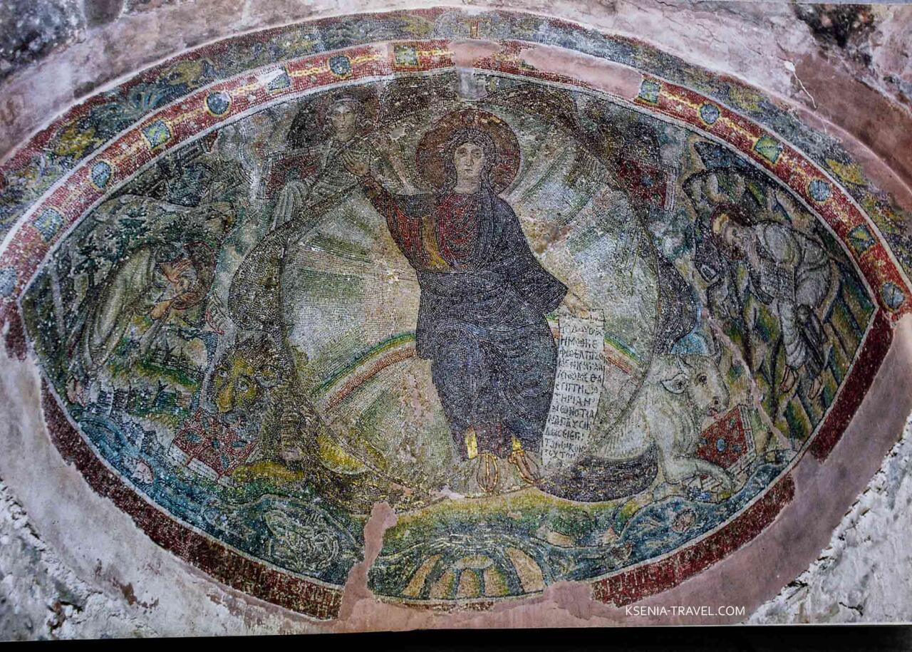 Мозаика апсиды монастыря Латому
