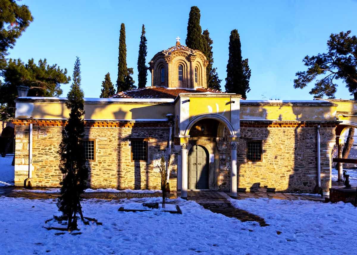 Монастырь Влатадон