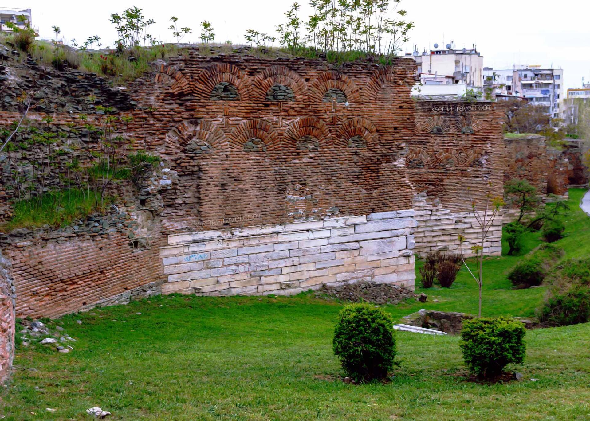 Крепостная стена на западе