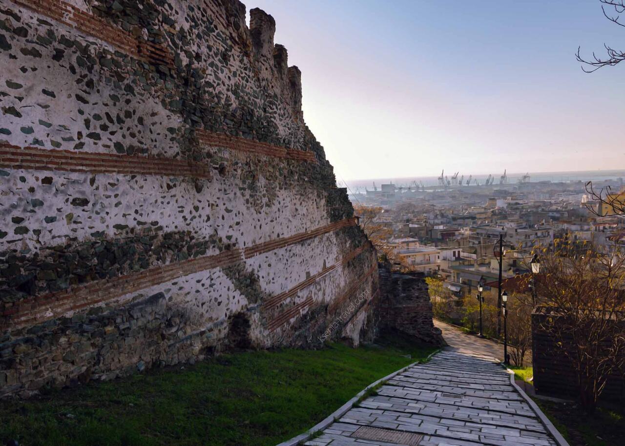 крепостные стены, достопримечательности салоники, экскурсии по Салониам