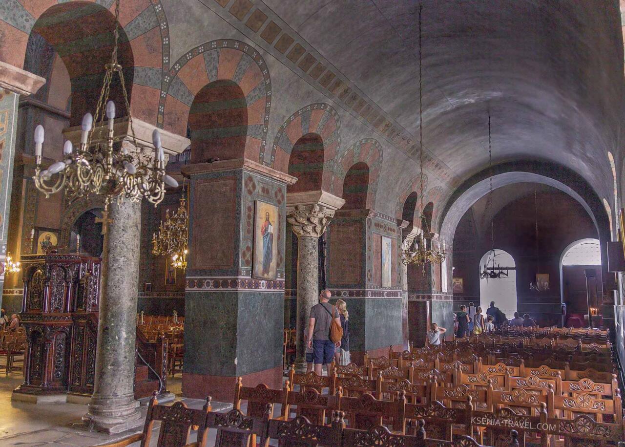 Внутреннее убранство Святой Софии в Салониках