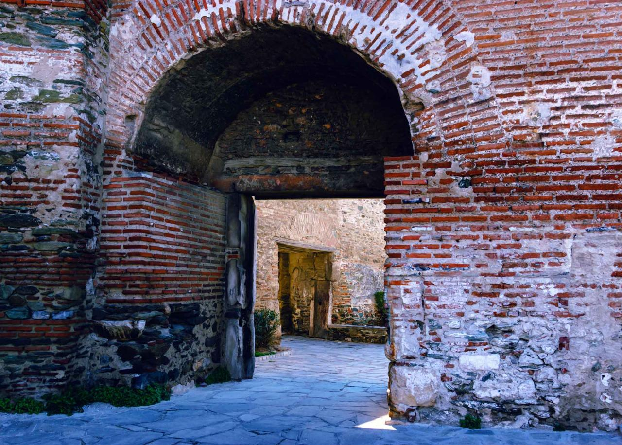 ворота Анны Палеолог в крепостных стенах Салоники