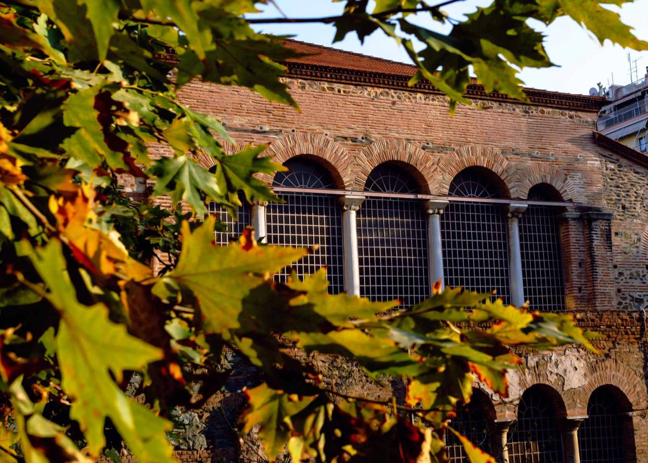 Западная сторона Базилики Ахиропиитос