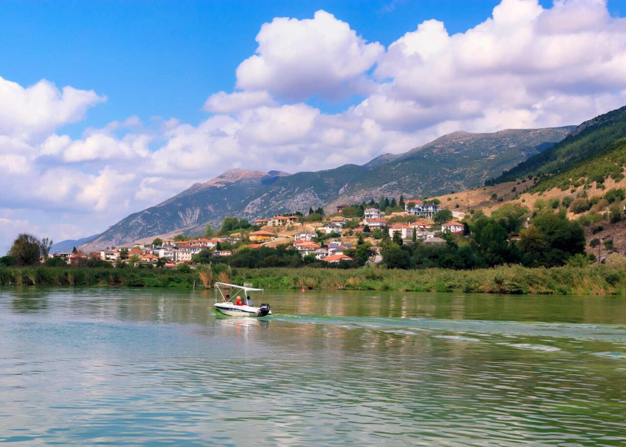 озеро Памвотида, город Янина