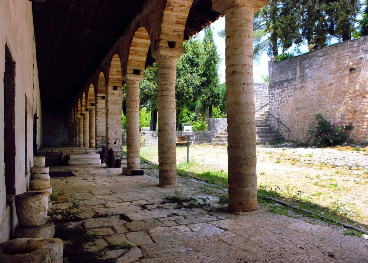 крепость города Янина, экскурсии с индивидуальным гидом из Салоники