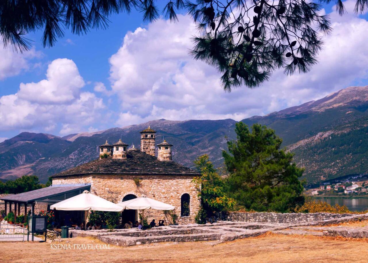 город Янина на севере Греции