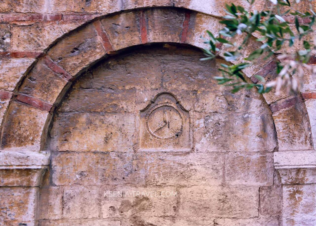 восточная стена храма Ипапанти (Сретения Господня), город Салоники