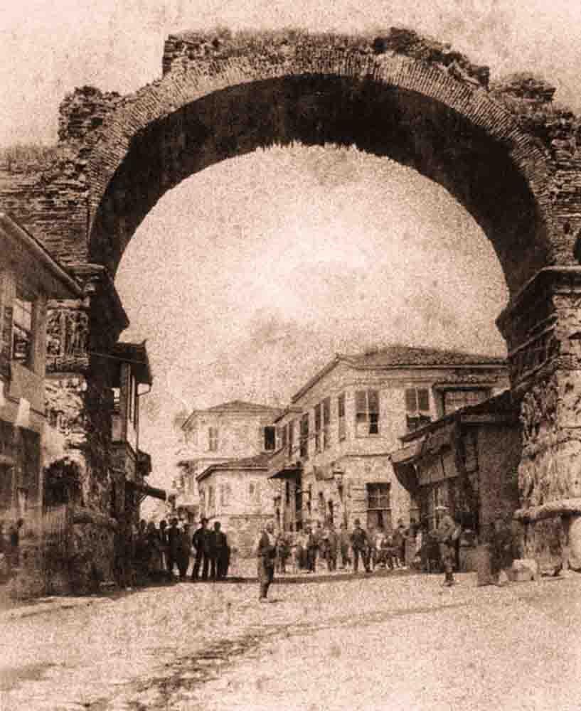 старинная фотография арки