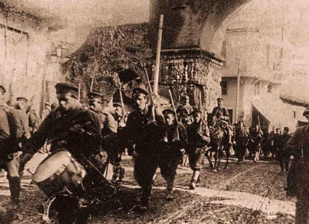 болгарские войска в 1912 году входят в Салоники