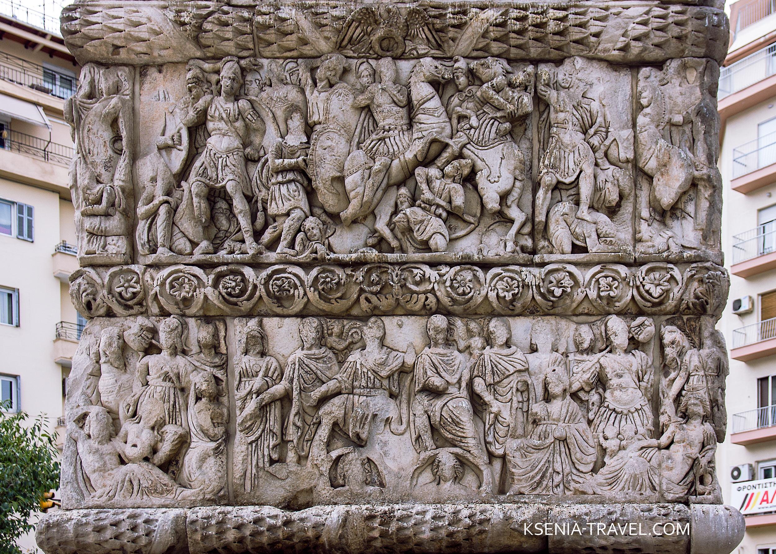 мраморные барельефы триумфальной арки императора Галерия в городе Салоники
