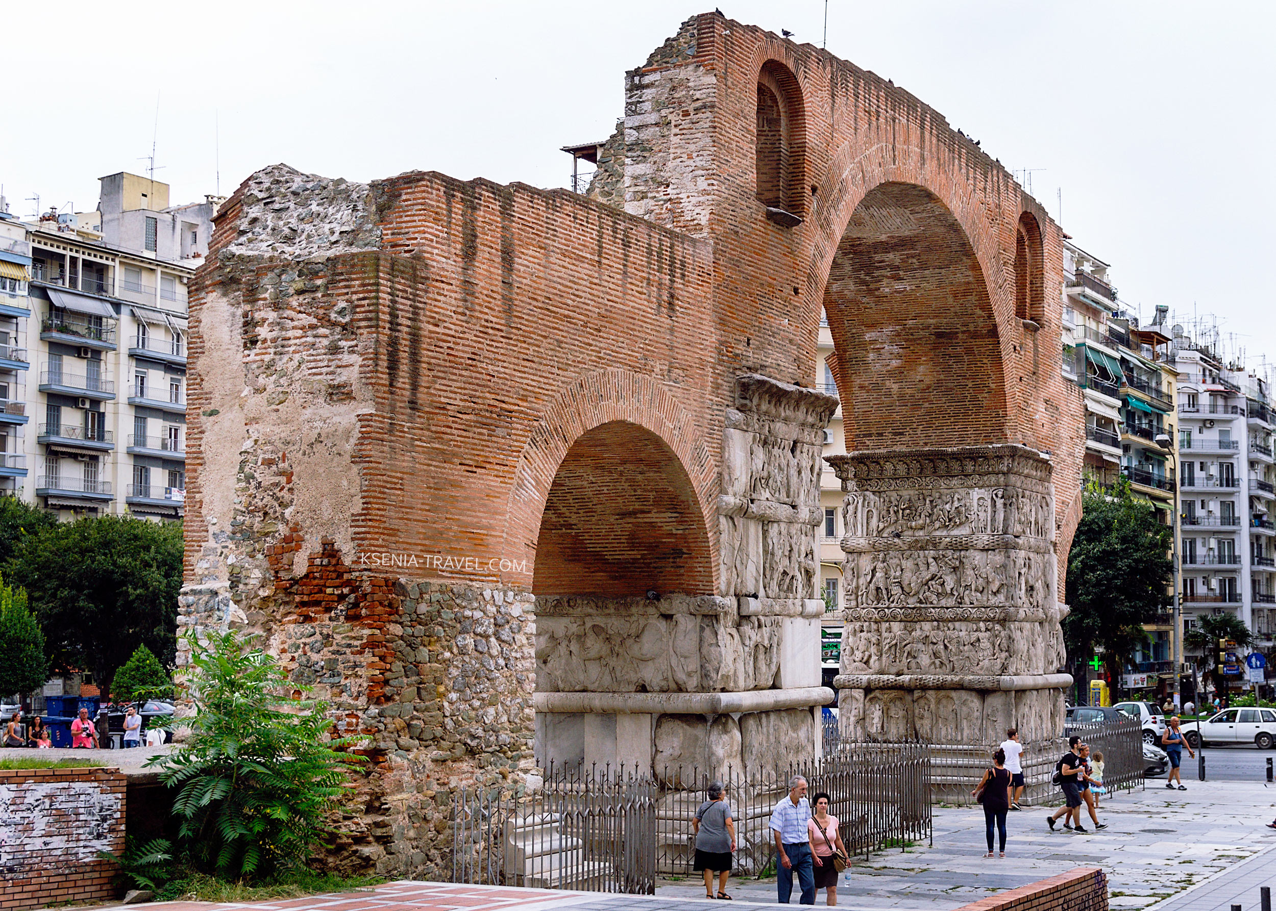 триумфальная арка императора Галерия, Греция