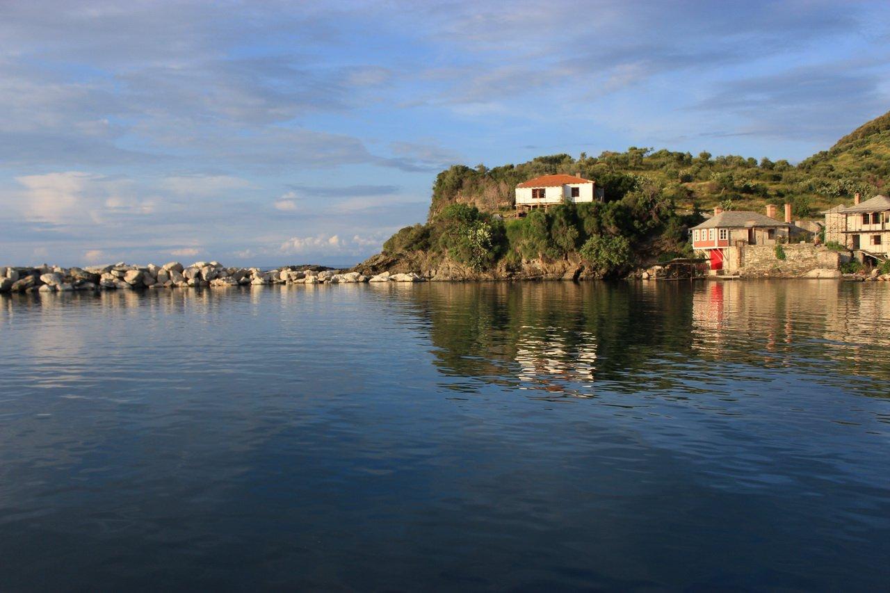 Пристань Ватопедского монастыря, Афон, Греция