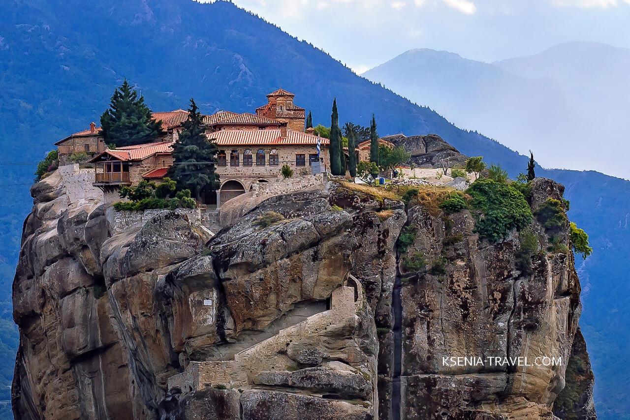 Монастырь Святой Троицы, монастыри Метеоры в Греции