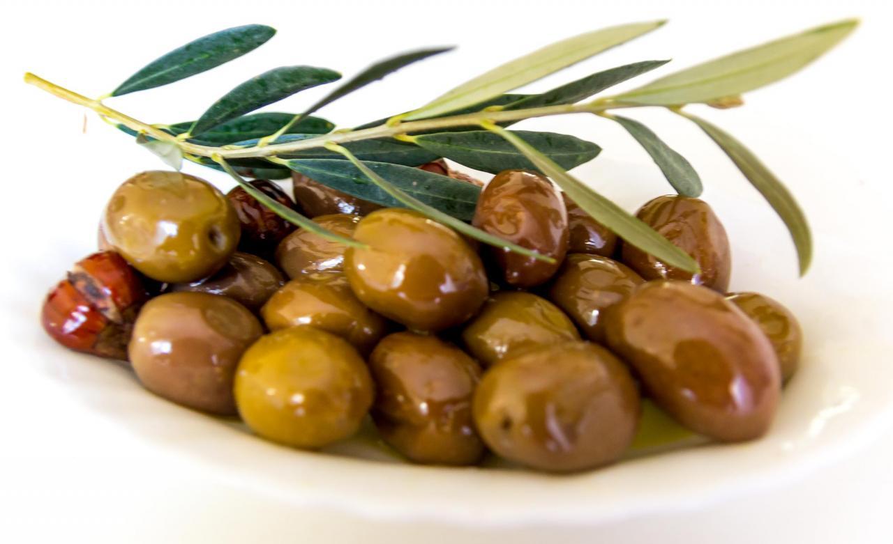 Зелёные оливки Халкидики