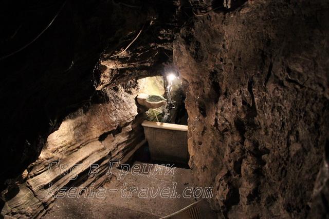 источник святой Параскевы в ущелье Темби