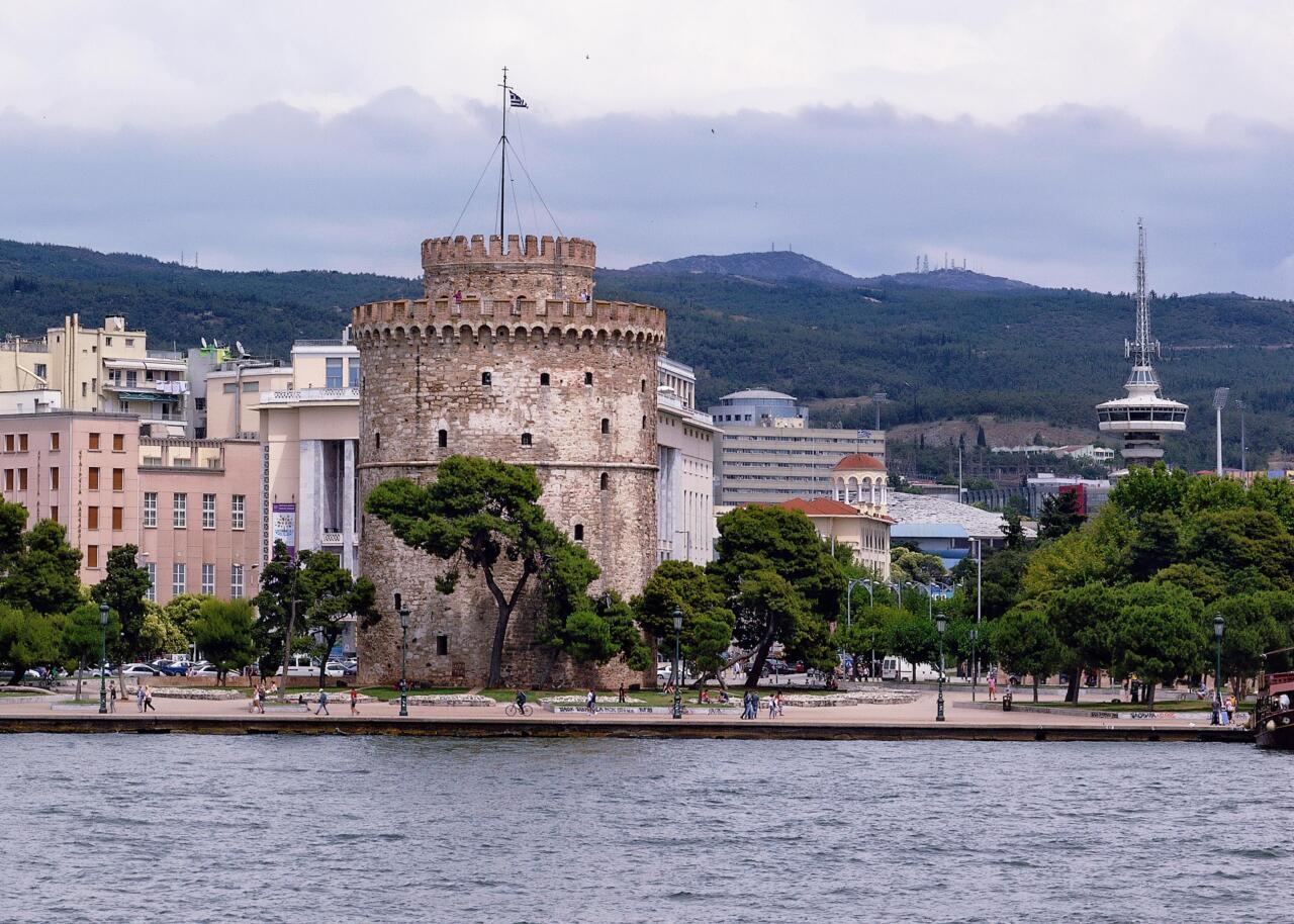 Белая башня города Салоники - наследие Османской империи.