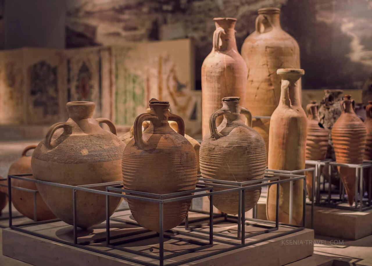 Керамическая посуда для хранения продуктов, музей Салоники