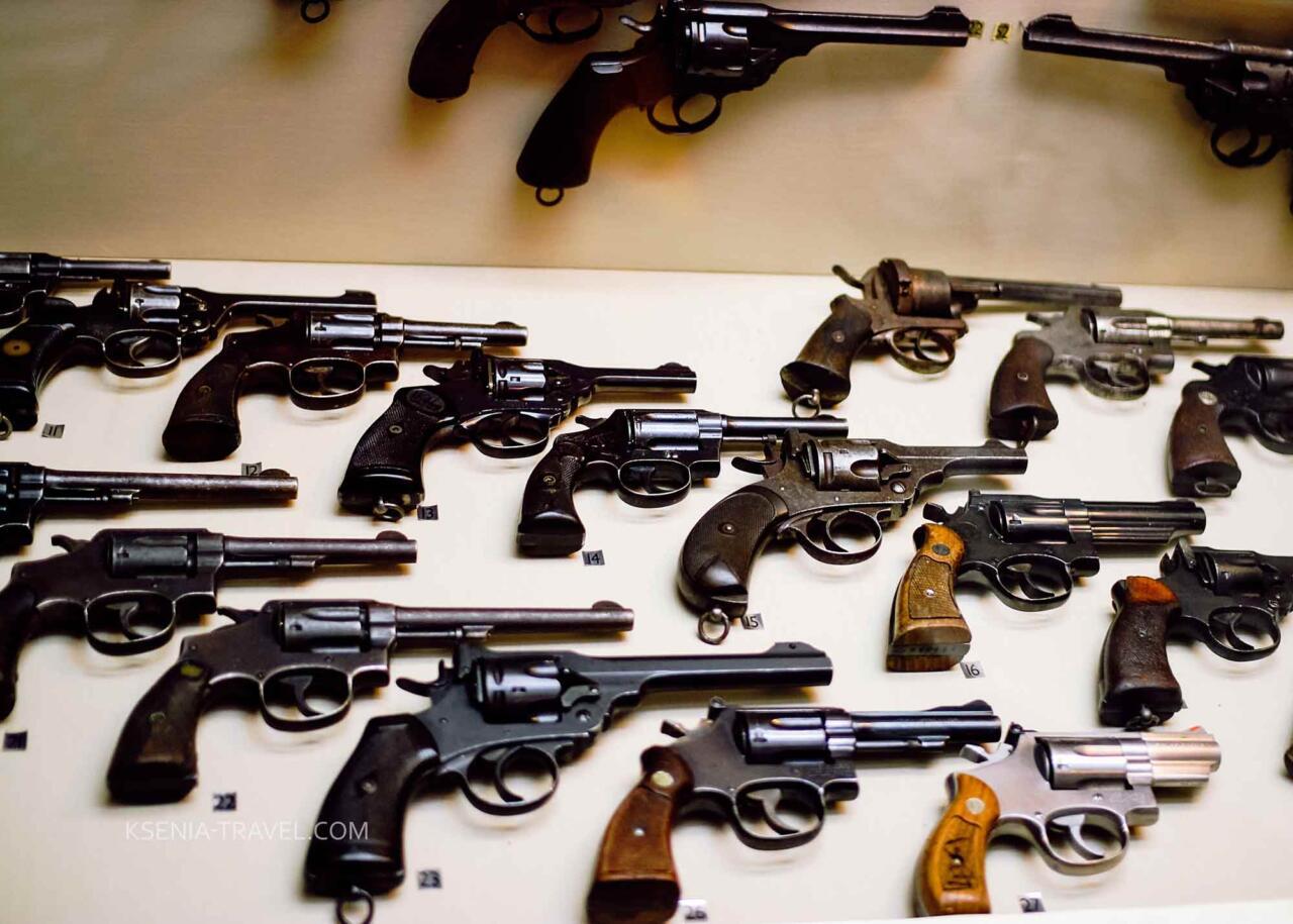 Выставка оружия в военном музее